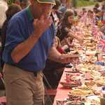 2002. Lower Road. Golden Jubilee. Laden tables.