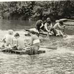1977. Jubilee Celebrations. Raft Race: Nearest Raft: Ian Hoskin, Wayne Watson, Shaun Fitton.
